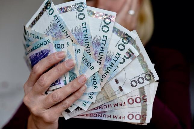 пособие по безработице в швеции колечко Найдет Слепнева